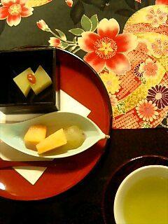 芋羊羹と果物の白ワイン餡添え.jpg