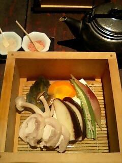 野菜と鶏肉の蒸篭蒸し.jpg