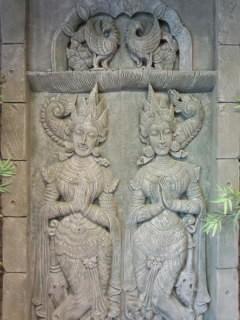 Bali 神様1.jpg