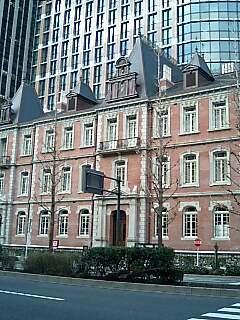 レンガの建物1.jpg