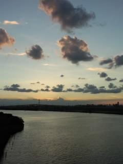 Sky 河のむこう.jpg